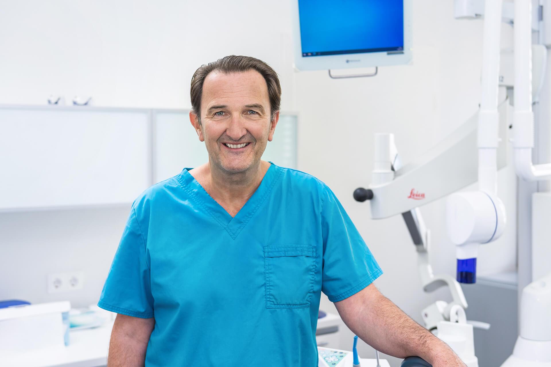 Dr. med. dent. Michael Huss